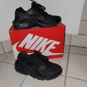 Nike Huarache Run **in box**